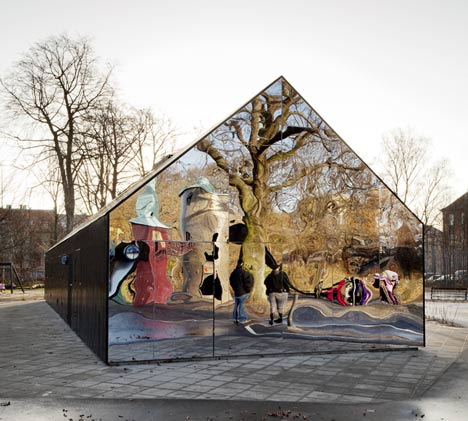 Mirror House by MLRP