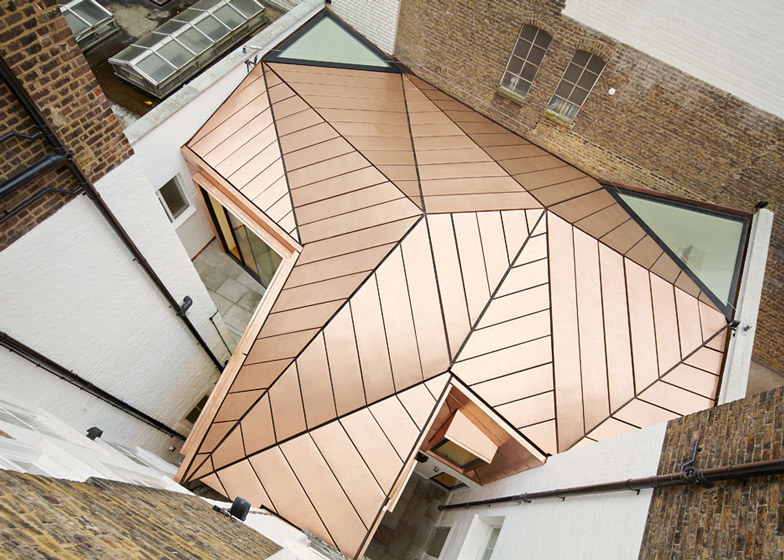 Office extension by Emrys Architects