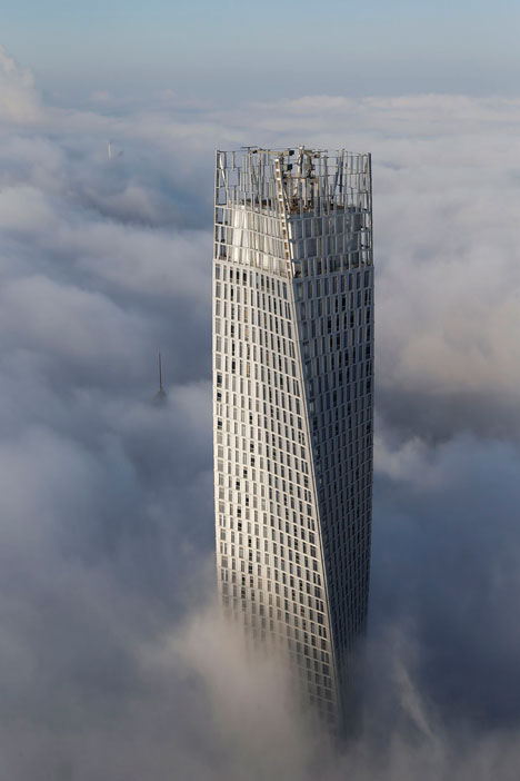 Runner-up: Cayan Tower by SOM - photographed by Victor Romeo