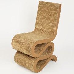 Frank Gehry Chair Minnie Mouse Childrens Desk Dezeen S A Zdvent Calendar Wiggle By