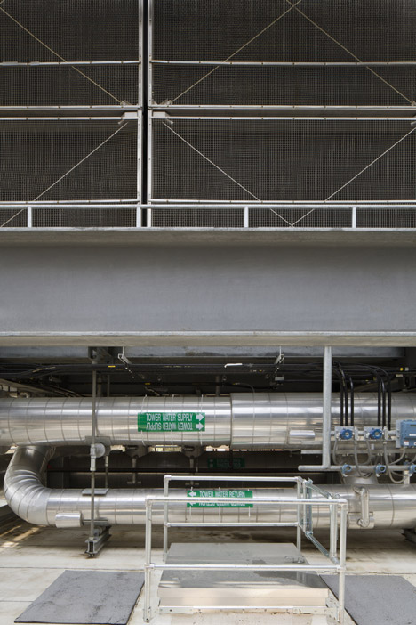 East Regional Chille Water Plant by Leers Weinzapfe