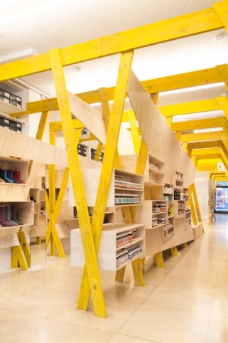 Hugg store by Tandem Studio