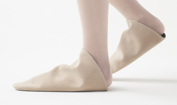 Nendo Triangle Roomshoes