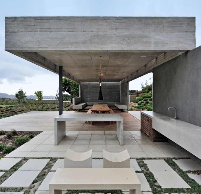 The Midden Garden Pavilion in Cape Town by Metropolis