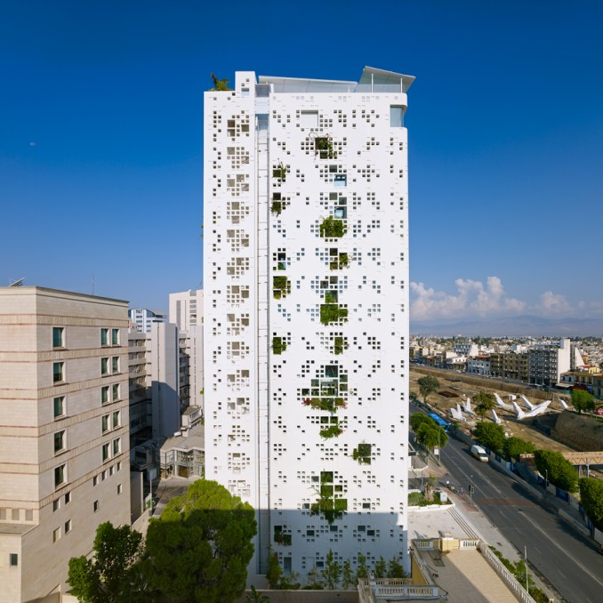 Tower 25 by Jean Nouvel