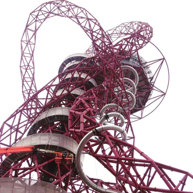 Slide at ArcelorMittal Orbit. Photo by Instagram user pikio83