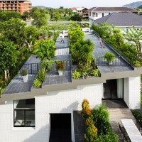Stepped garden tops House in Nha Trang by Vo Trong Nghia ...