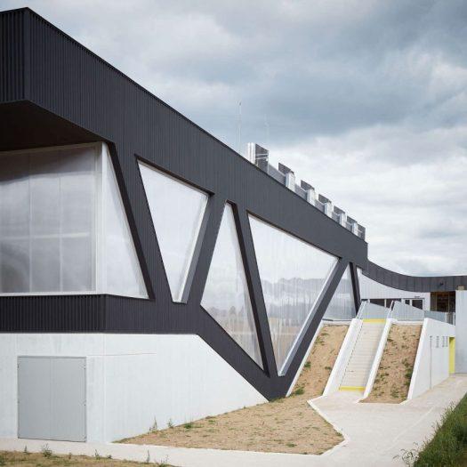nathalie-mauclair-gymnasium-sports-centre-architecture-schemaa-champagne-france-architizer-a-awards-2016_dezeen_sq_a