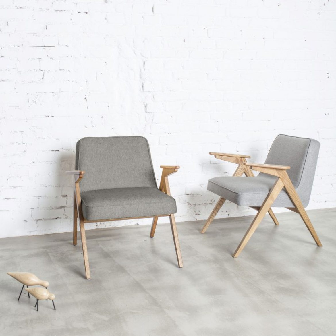 christmas-furniture-reissue-design-polish-furniture-reissues-366-concept-chair_dezeen_sq