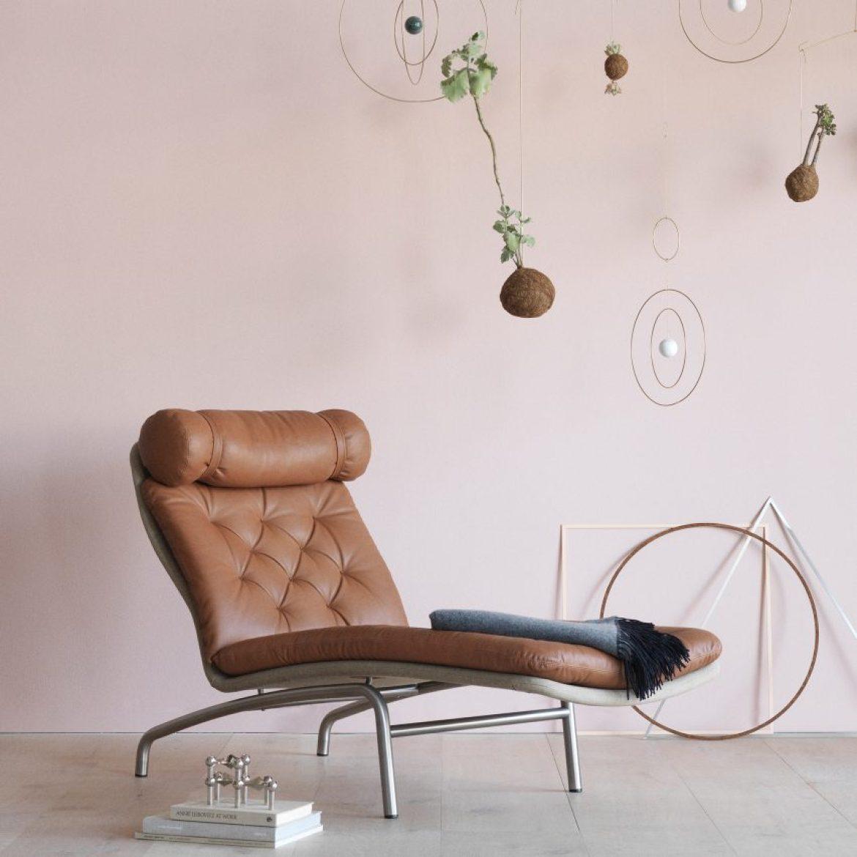 christmas-furniture-reissues-av-72-chair-arne-vodder-reissue-erik-jorgensen-design-chair_dezeen_sqb