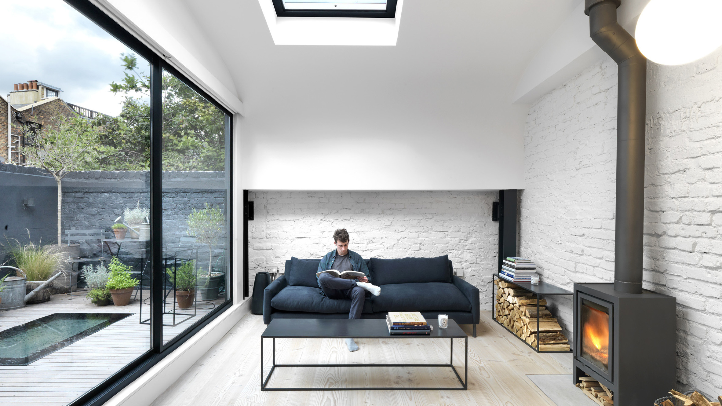 Threefold Architects updates London mews house with
