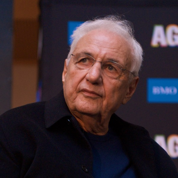 Dan Brunn Renovates Frank Gehry-designed La House Illustrator. Dezeen - Howldb