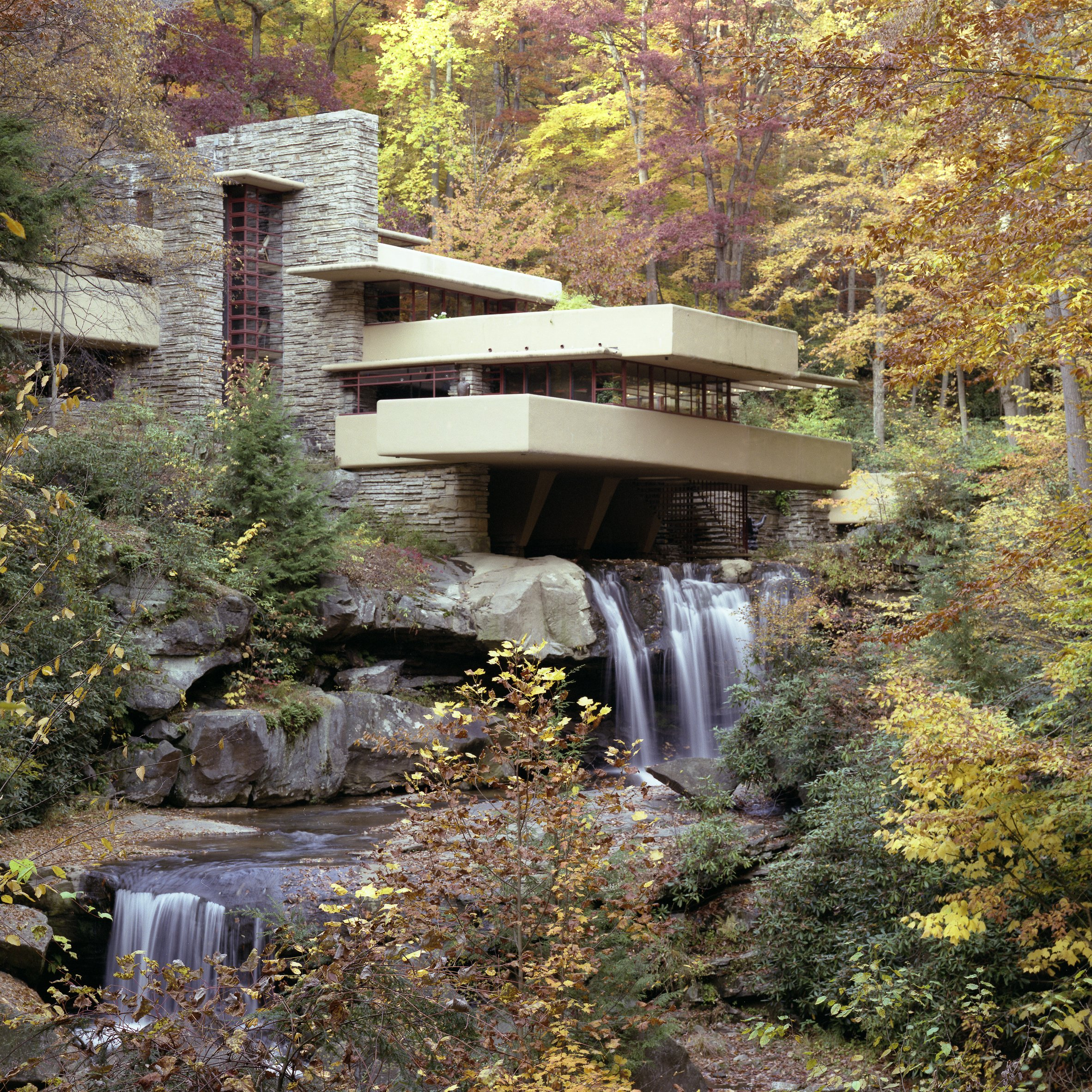 Frank Lloyd Wright integrates architecture into nature at