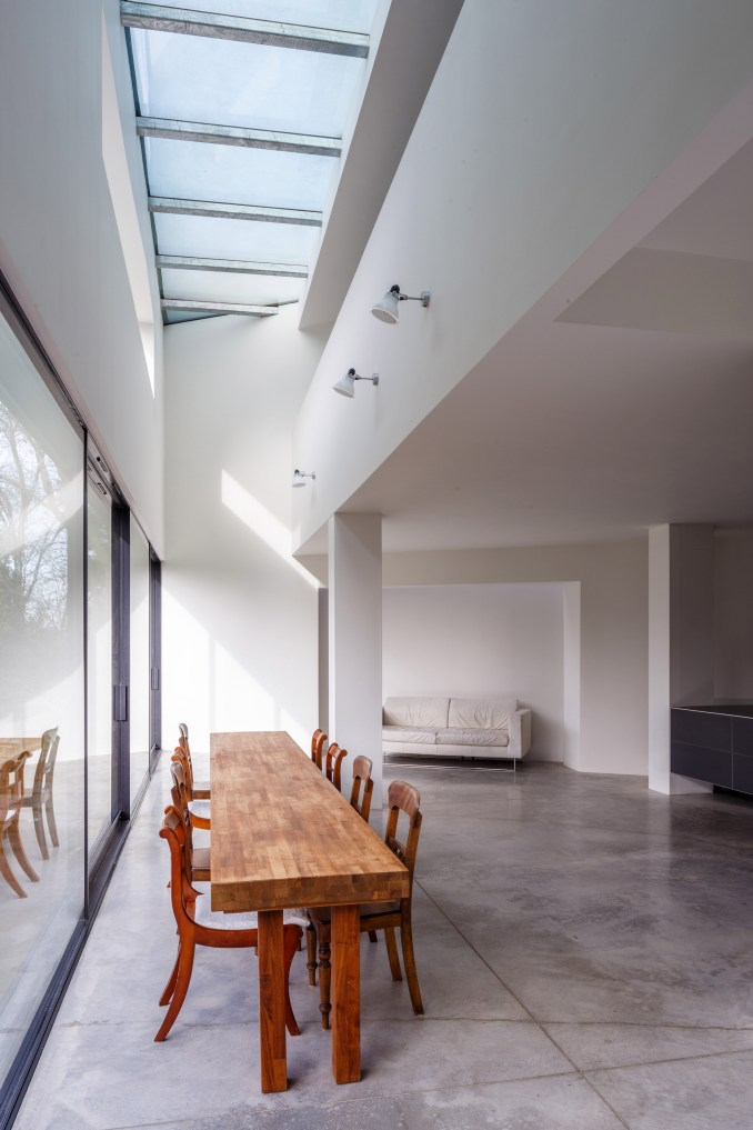 Holm House by Guard Tillman Pollock Architects