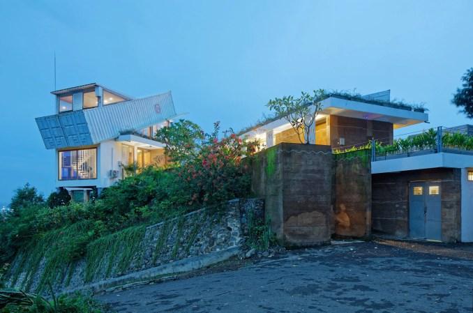 Budi Pradono Tops Hillside House In Lombok With Tilted