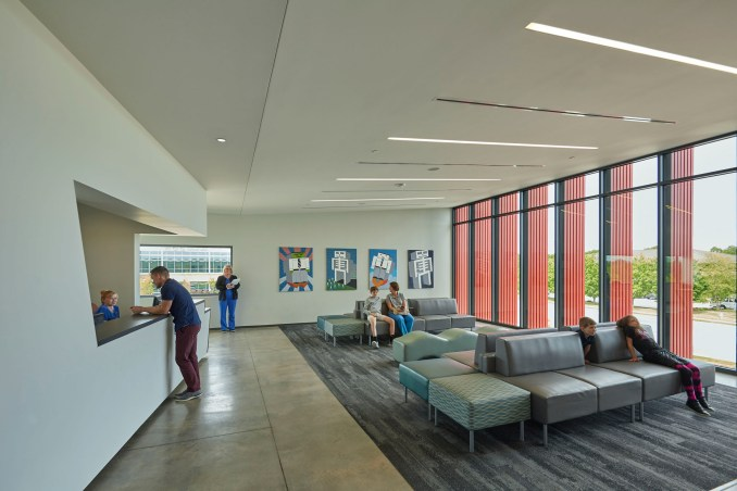 Marlon Blackwell Architects creates Arkansas pediatric clinic