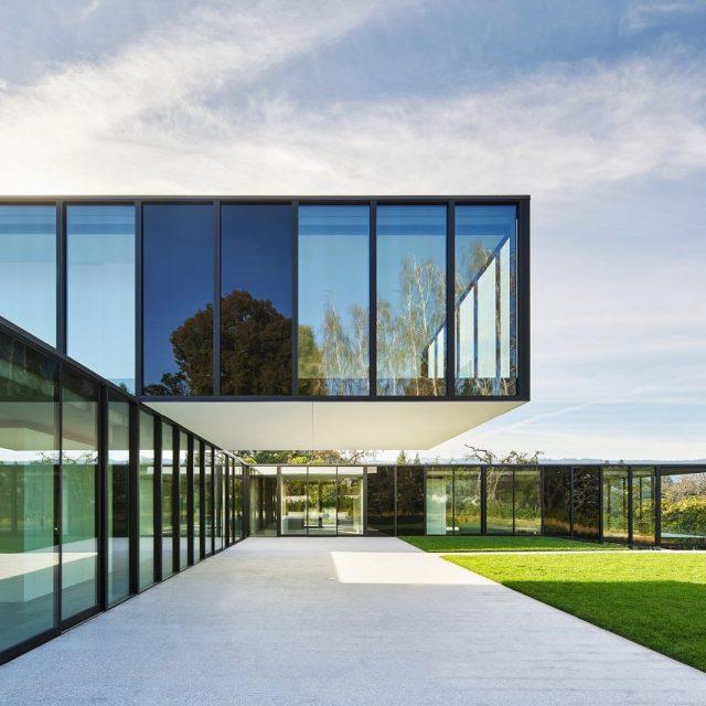 Oz Residence by Stanley Saitowitz