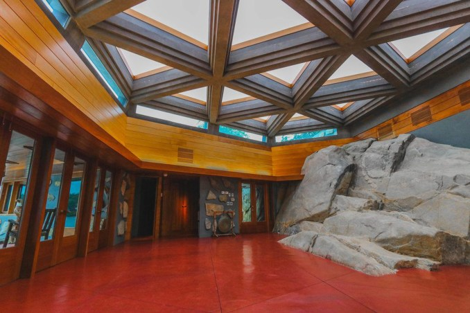 Petra Island by Frank Lloyd Wright