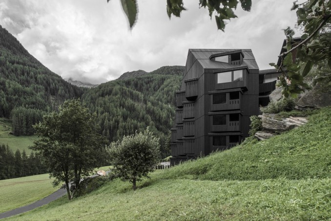 Hotel Bühelwirt by Pedevilla Architects