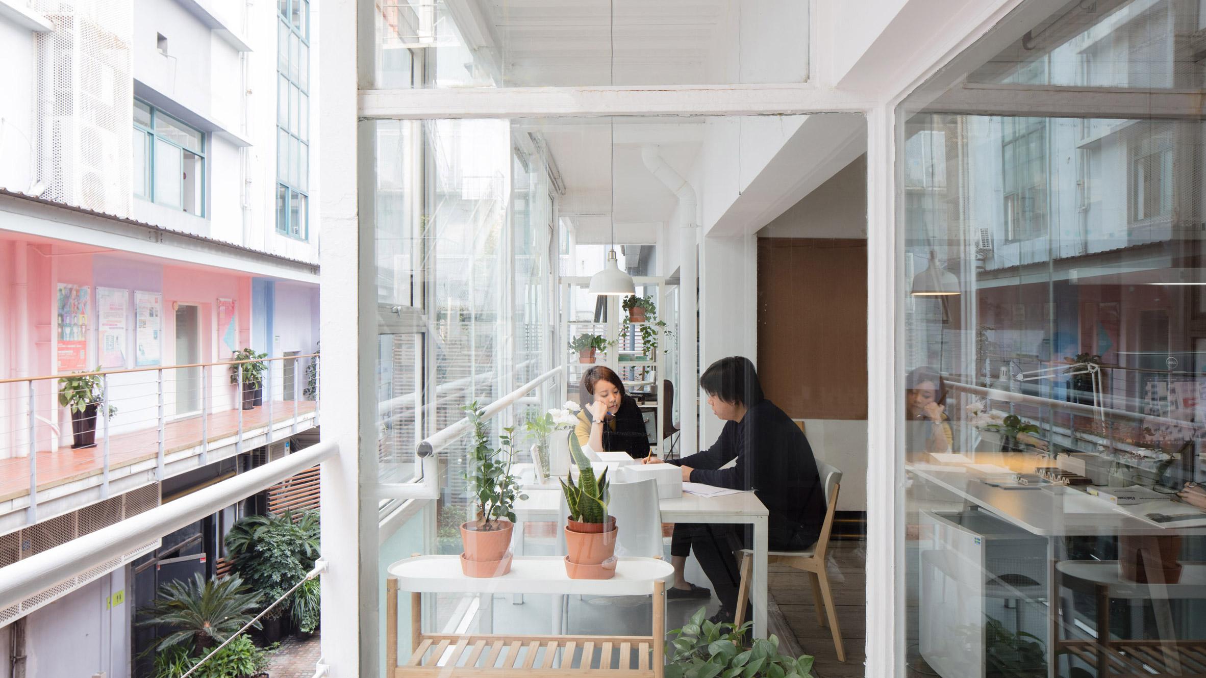 Marc Goodwin photographs Shanghai studios
