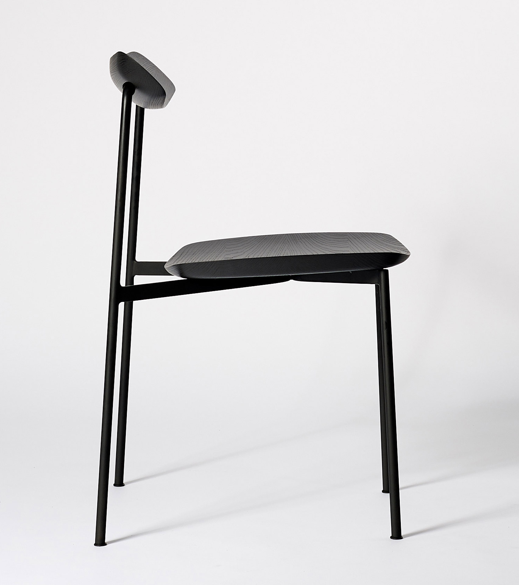 Sia chair by Tom Fereday