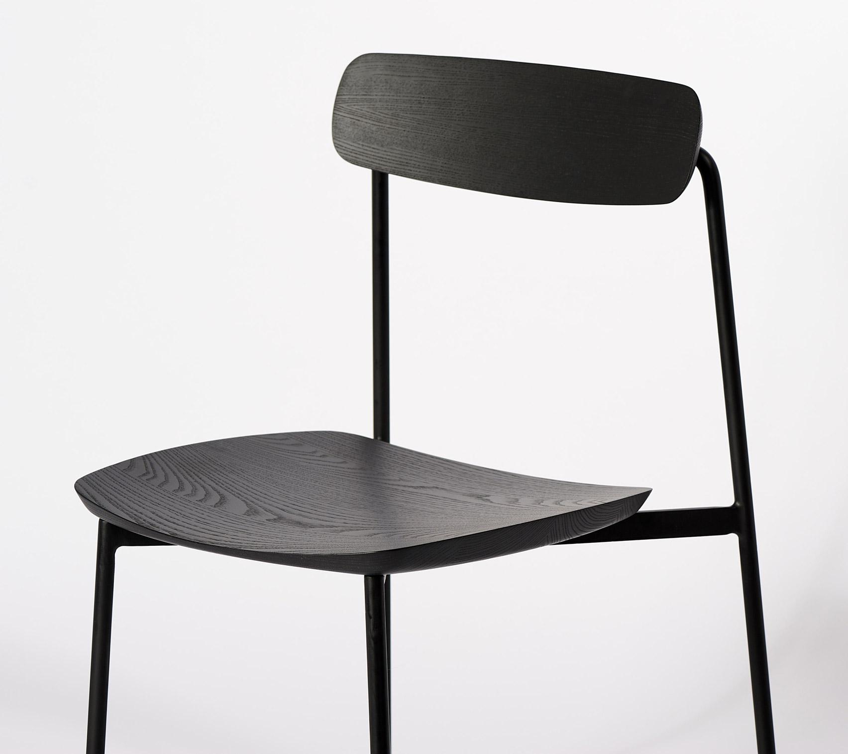 Sia chair by Tom Fereday