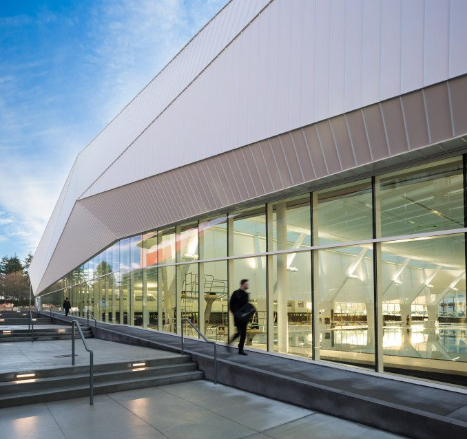 3d Design Using Home Designer Chief Architect Multi Level: Angular White Roof Covers MJMA's Glazed Aquatic Centre In