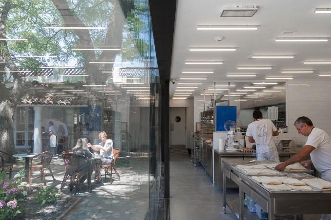 La Linda Bakery by Pedro Livni