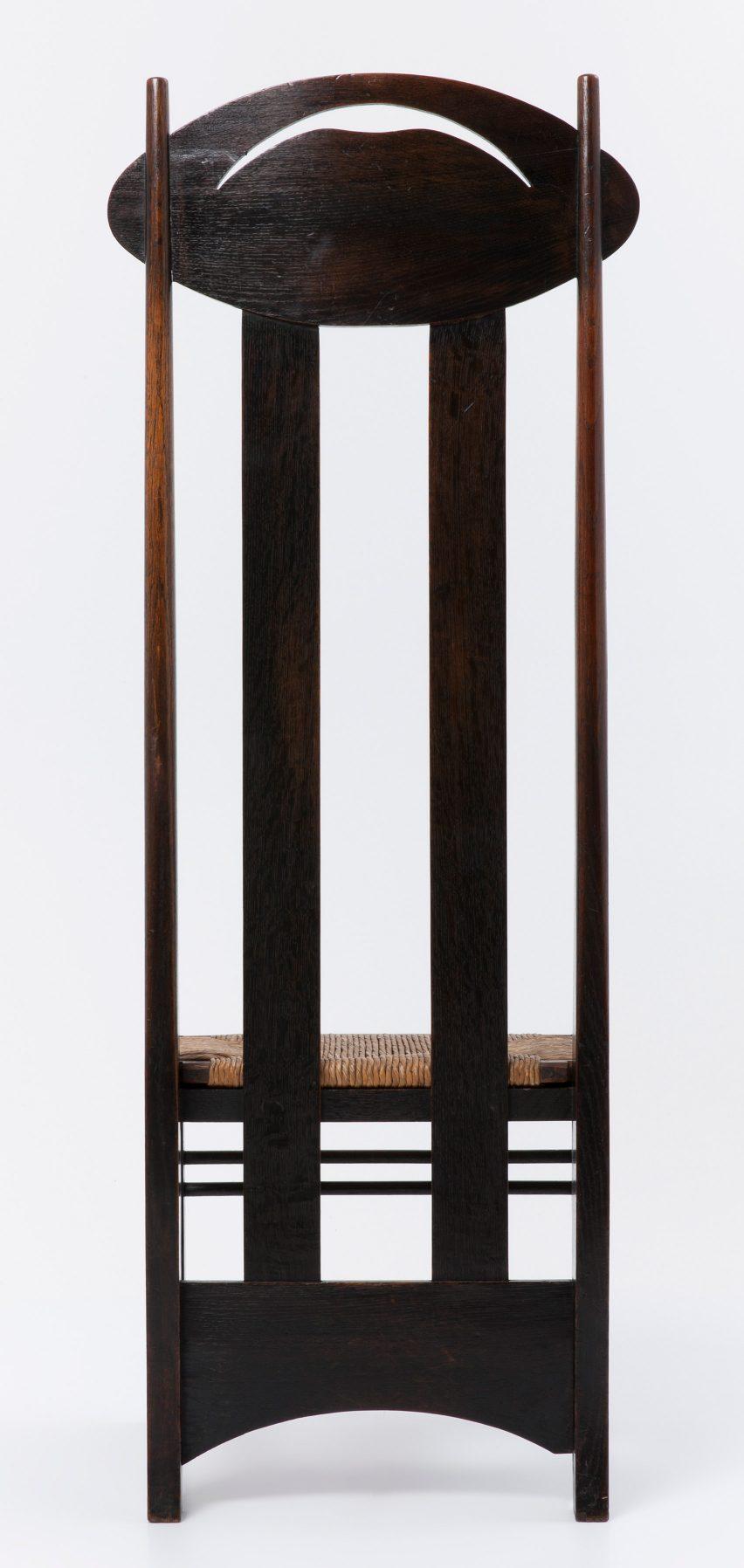 charles rennie mackintosh willow chair round lounge s argyle was designed to create by