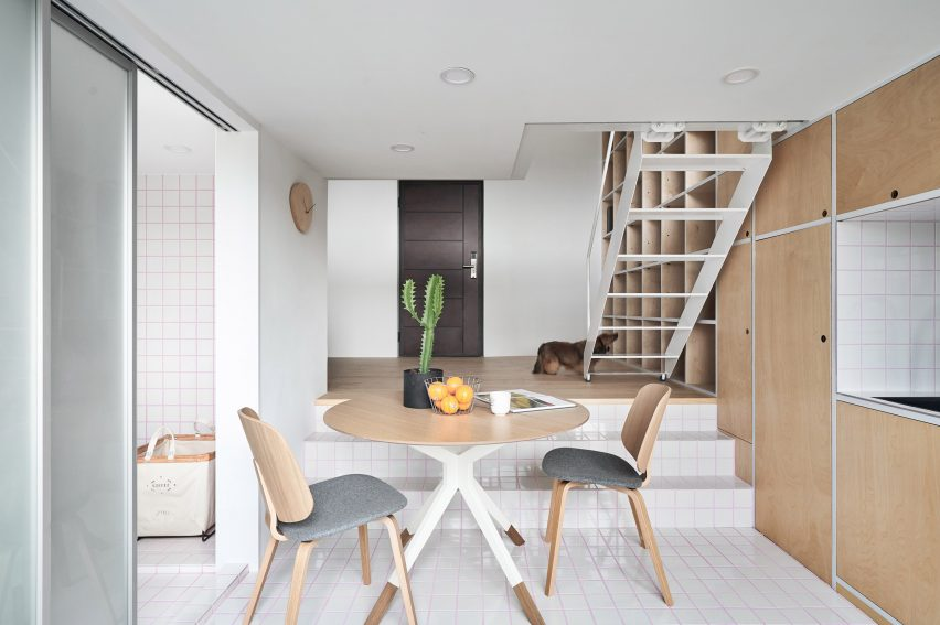 Phoebe Sayswow Architects Creates 33 Square Metre Guest