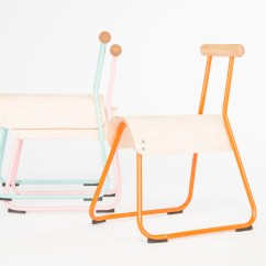Horse Saddle Seat Chair Red Chairs Canada 3novices Masahiko Ito Redesigns School To Improve