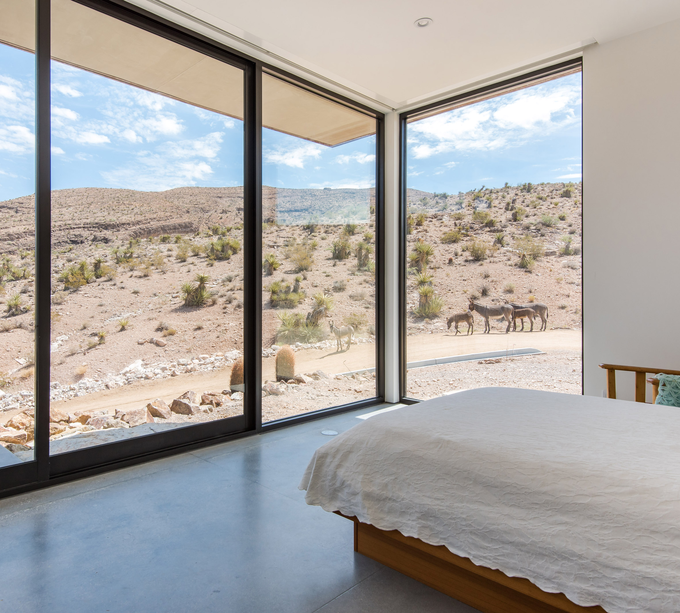 Arroyo House by Hoogland Architecture