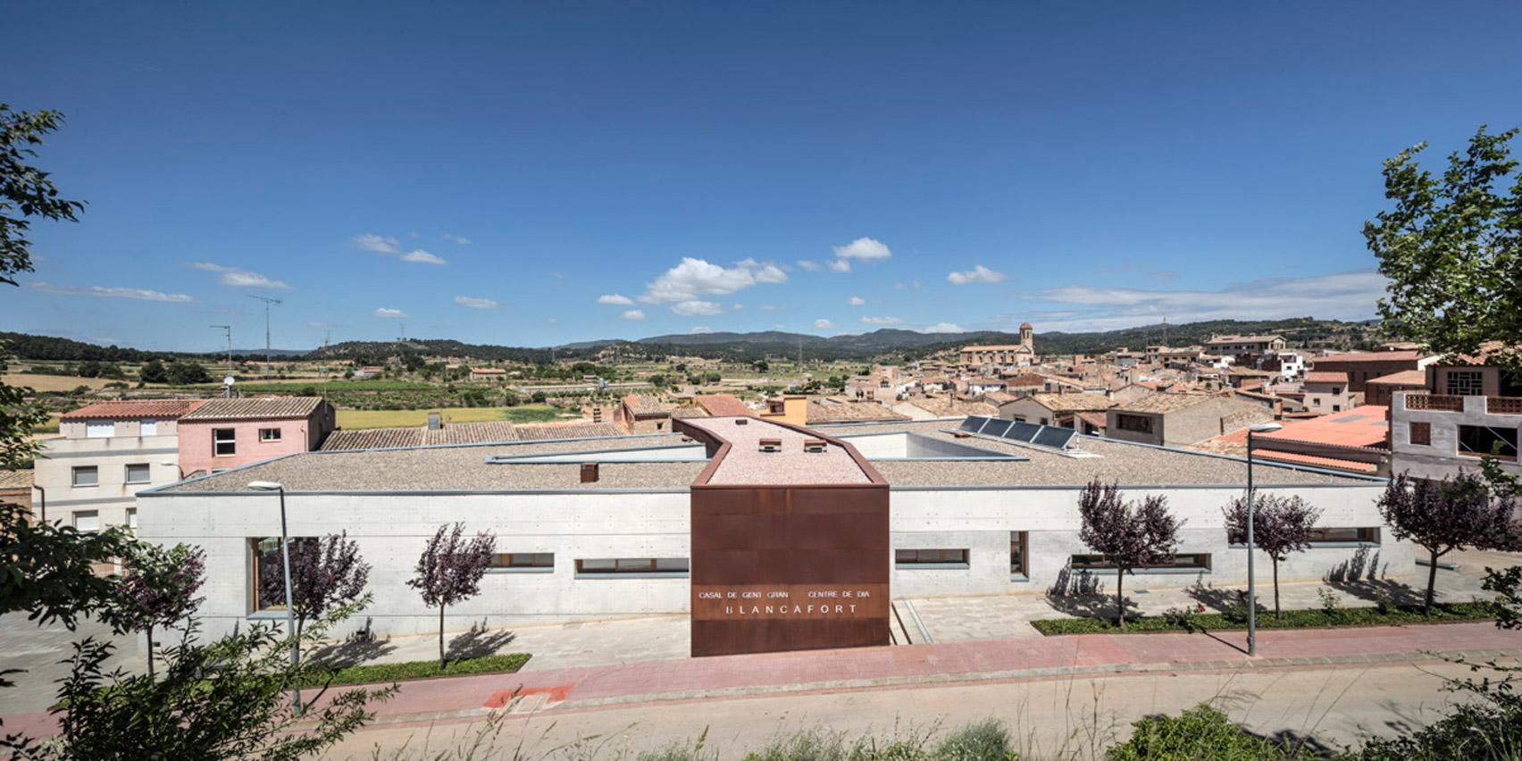 Blancafort care home by Guillem Carrera Arquitecte