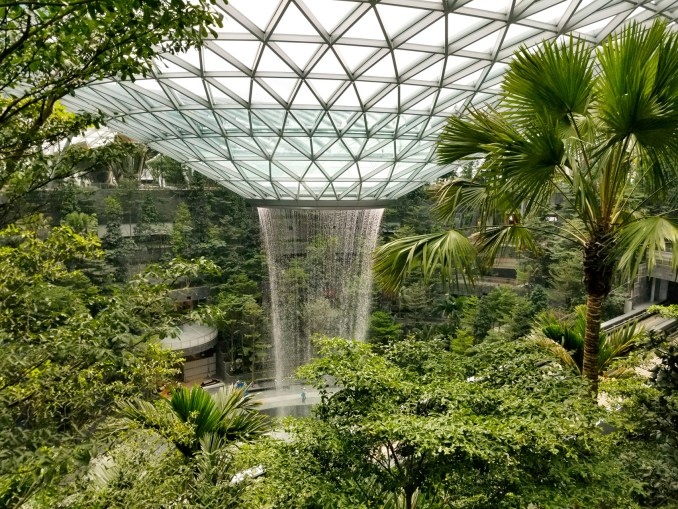 World's tallest indoor waterfall in Moshe Safdie's Changi airport