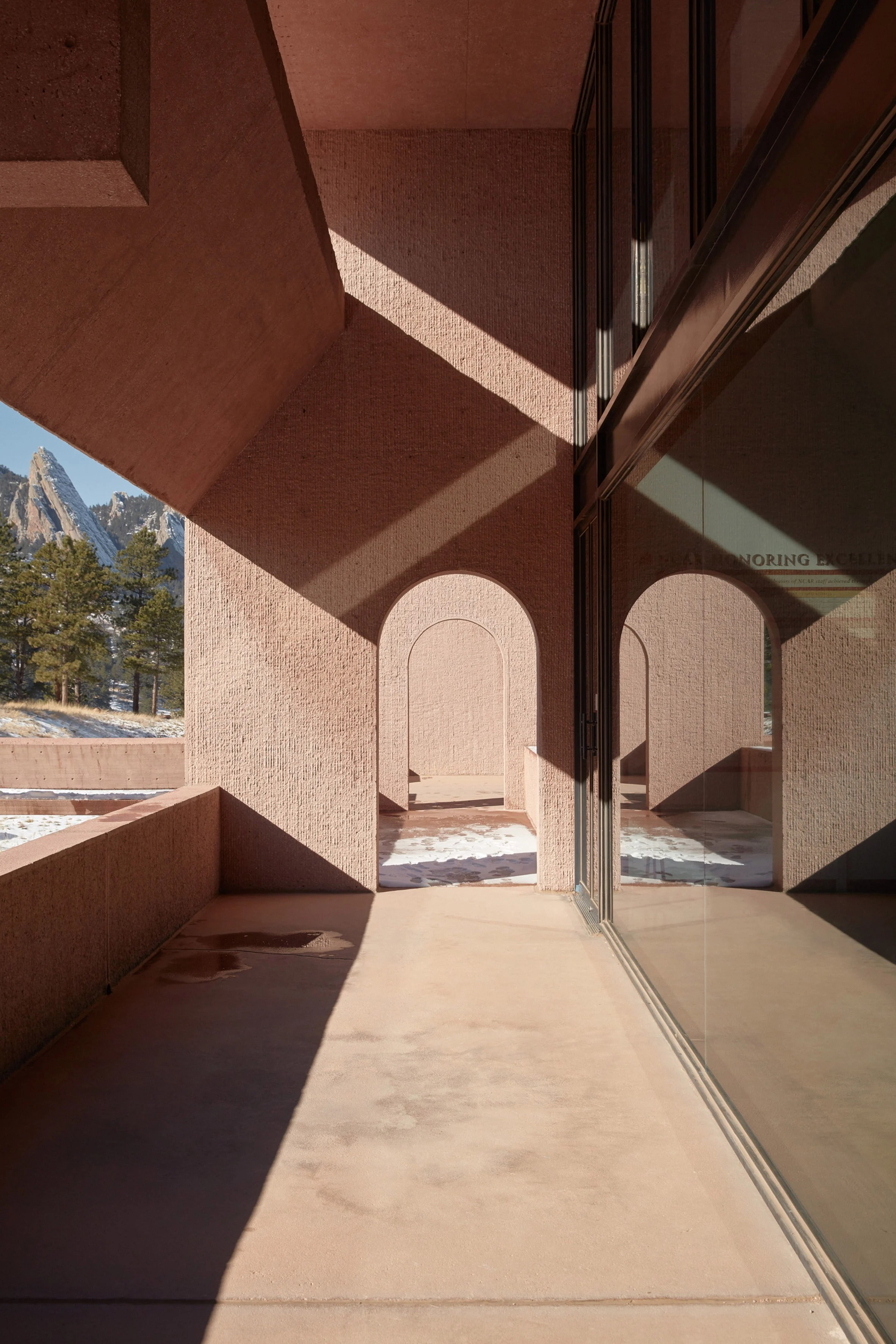 IM Pei's Mesa Lab photographed by Tom Ross