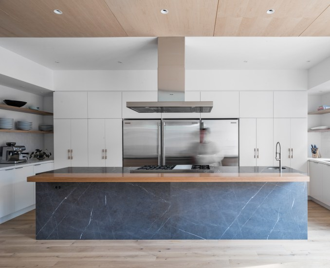 Beaconsfield Residence by Sudio AC