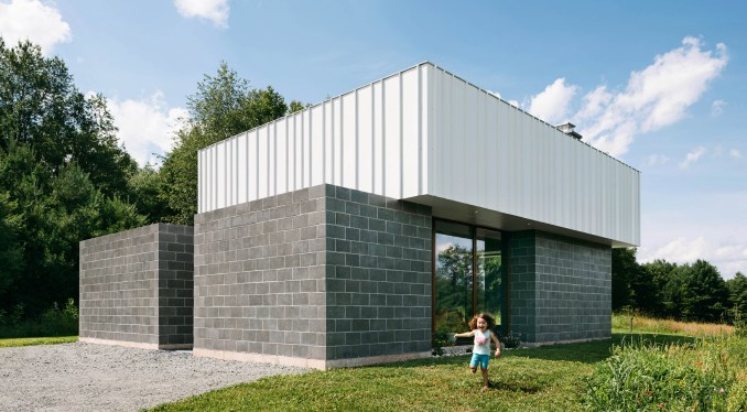 Catskill House in New York State by JSPY Architecture