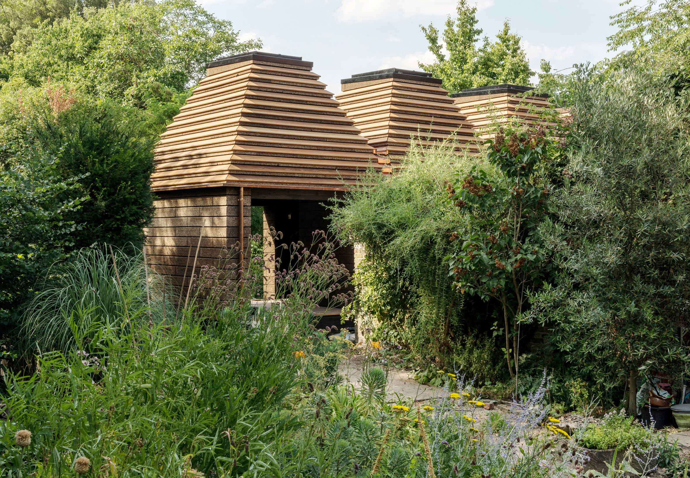 Stirling Prize-shortlisted Cork House by Matthew Barnett Howland with Dido Milne and Oliver Wilton in Berkshire, England