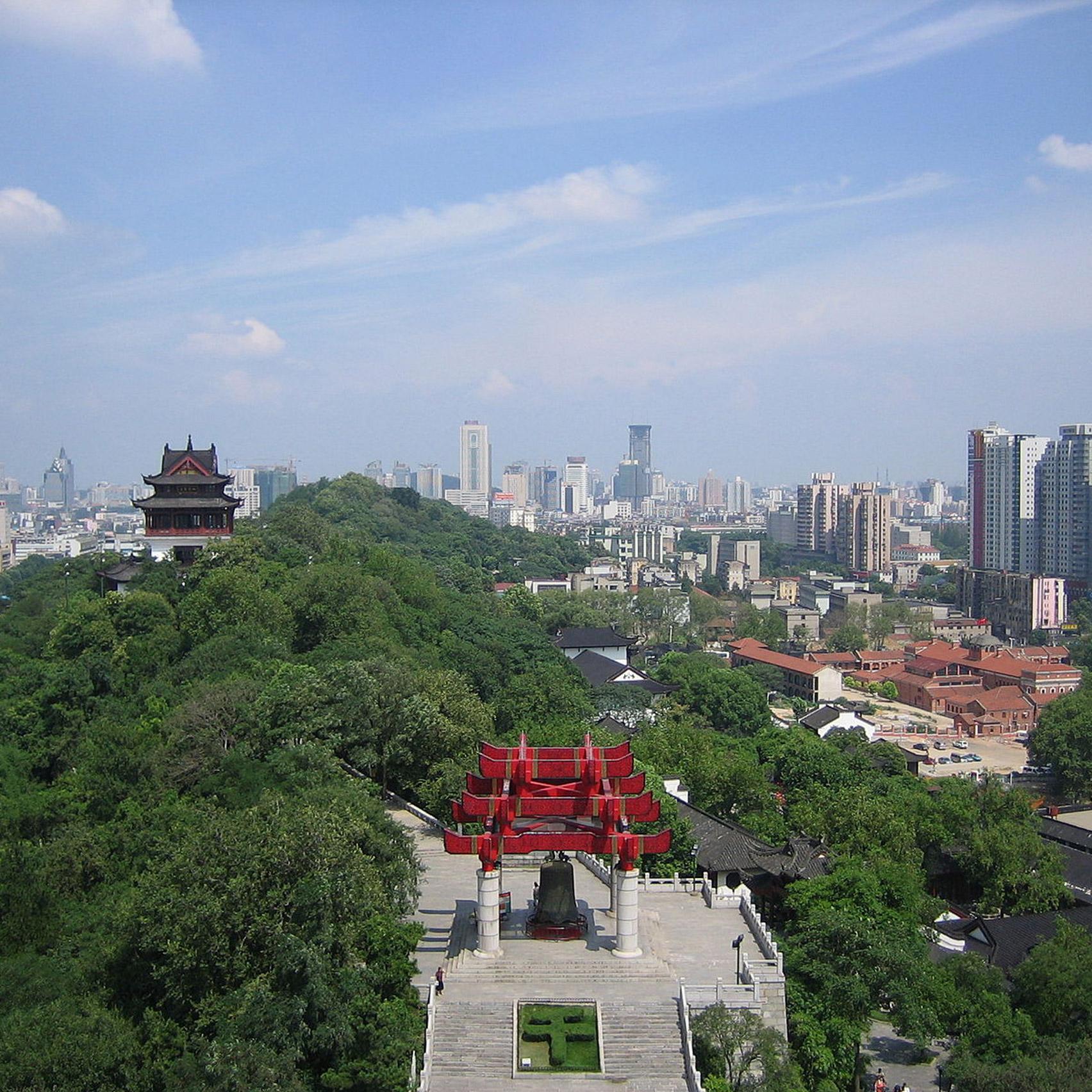 Wuhan building 1,000-bed hospital in 10 days to treat coronavirus