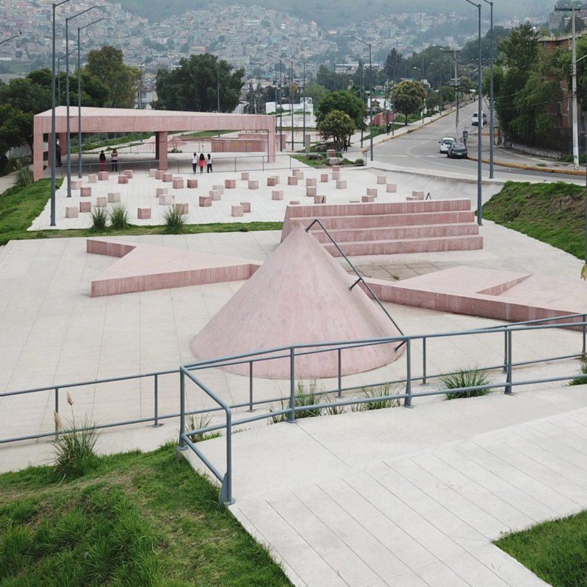Tlalnepantla Park by Productora