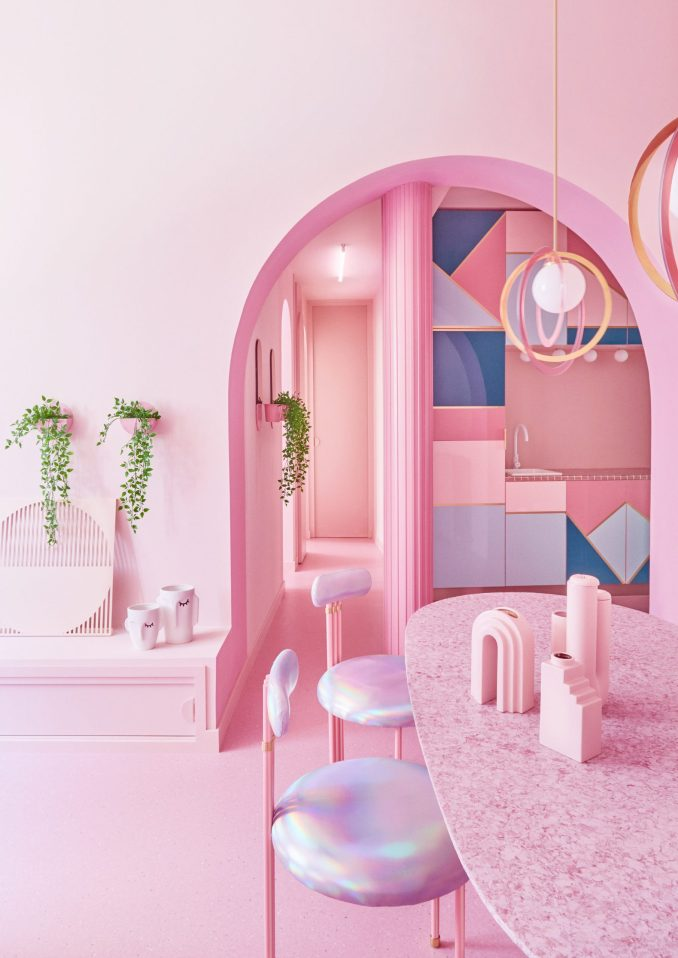 Kitchen of Minimal Fantasy, a pink apartment in Madrid