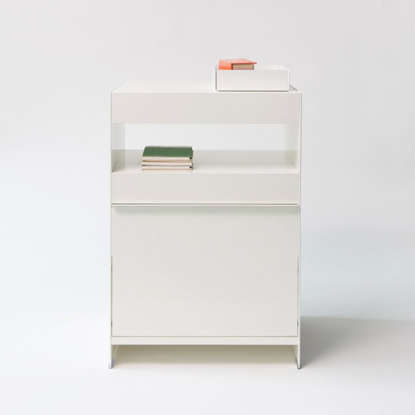 freestanding shelving system by on on