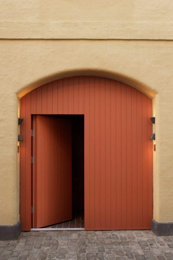 Entrance to Kadeau Copenhagen by OEO Studio