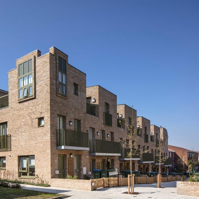 Sandpit Place housing by Peter Barber Architects