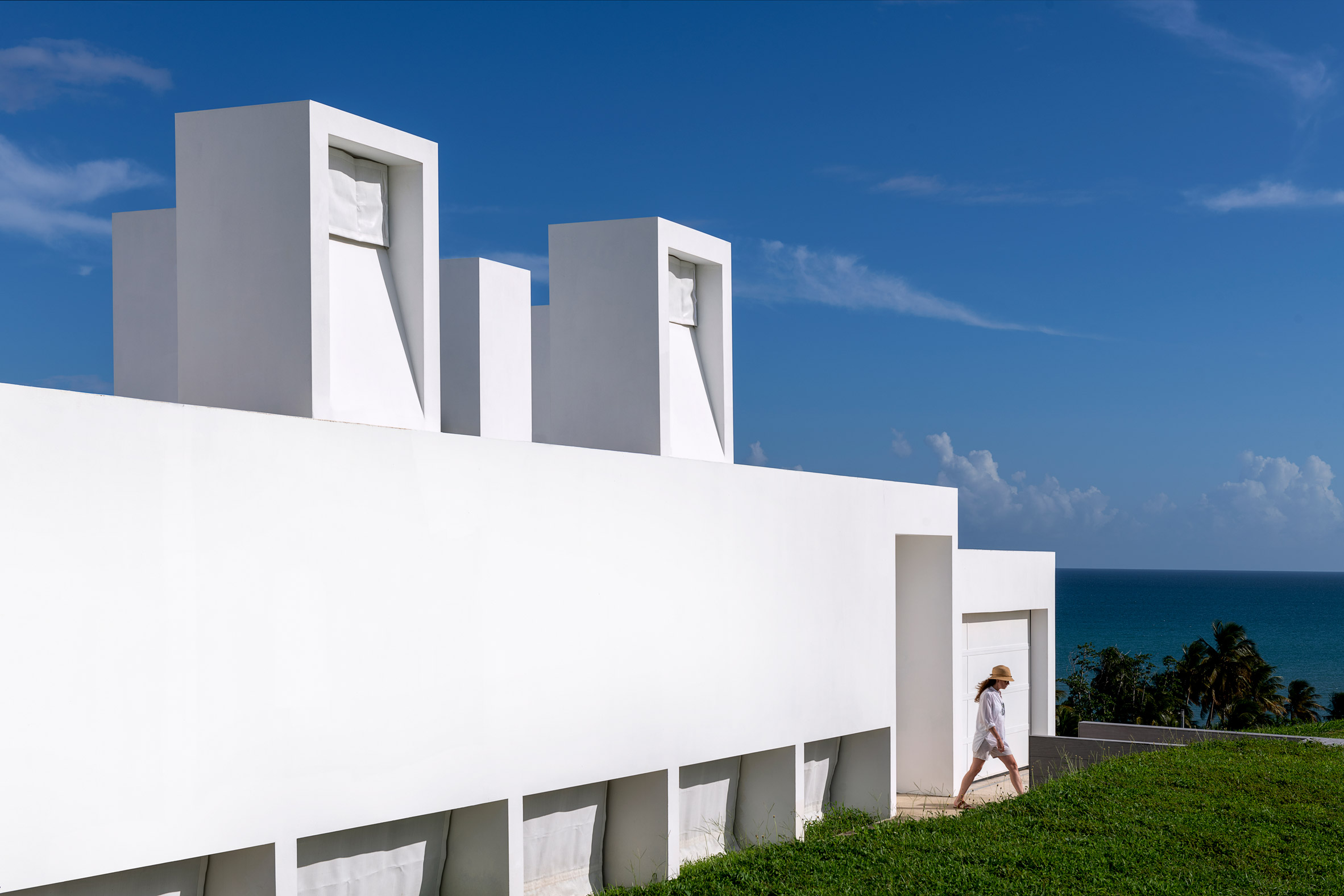 White house with chimneys in Puerto Rico