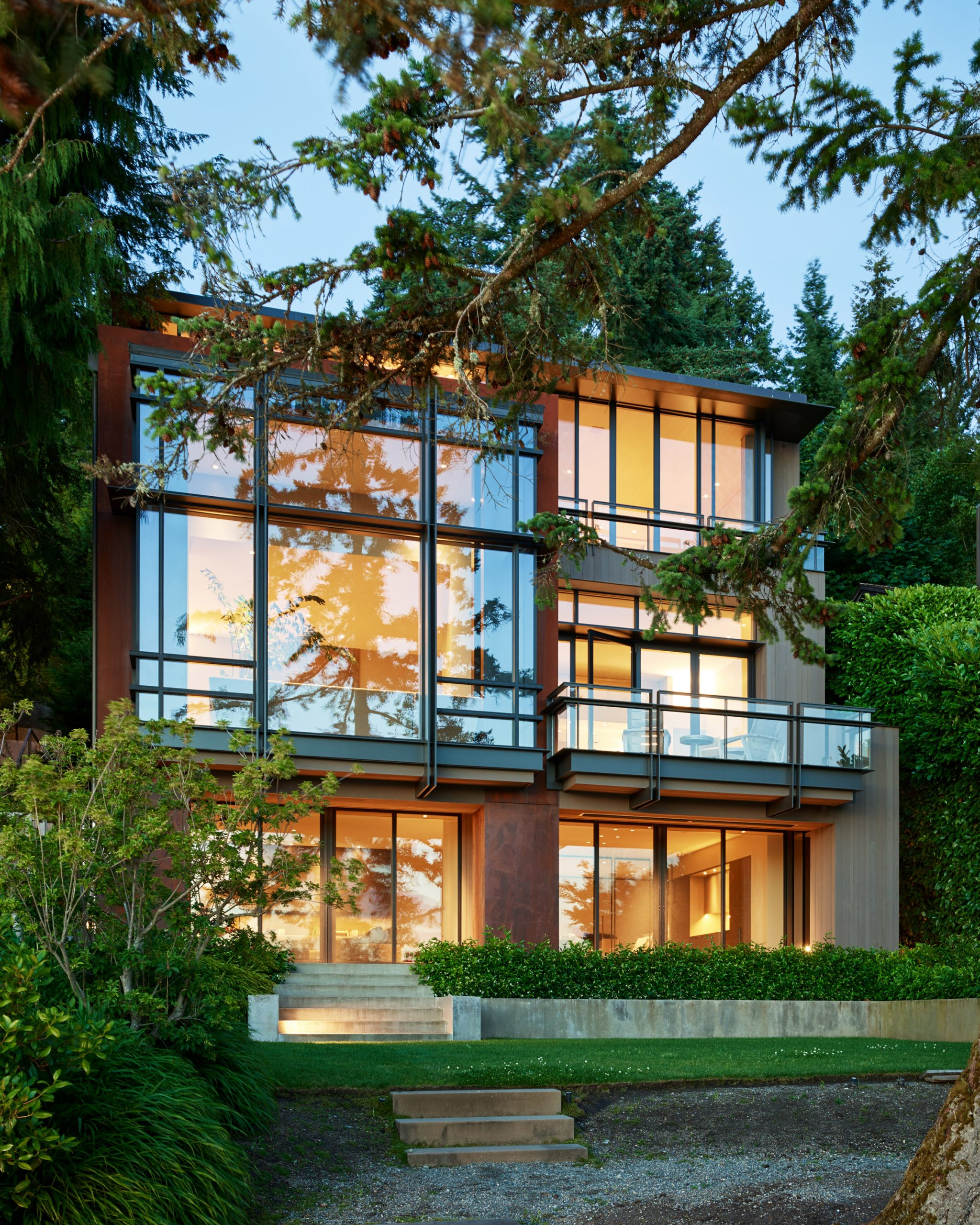 Exterior of Lakeside Residence by Graham Baba Architects