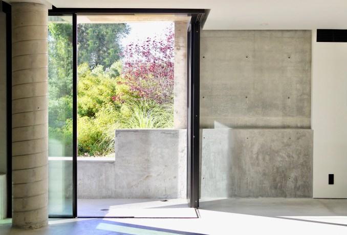 Sliding doors of underground concrete home office