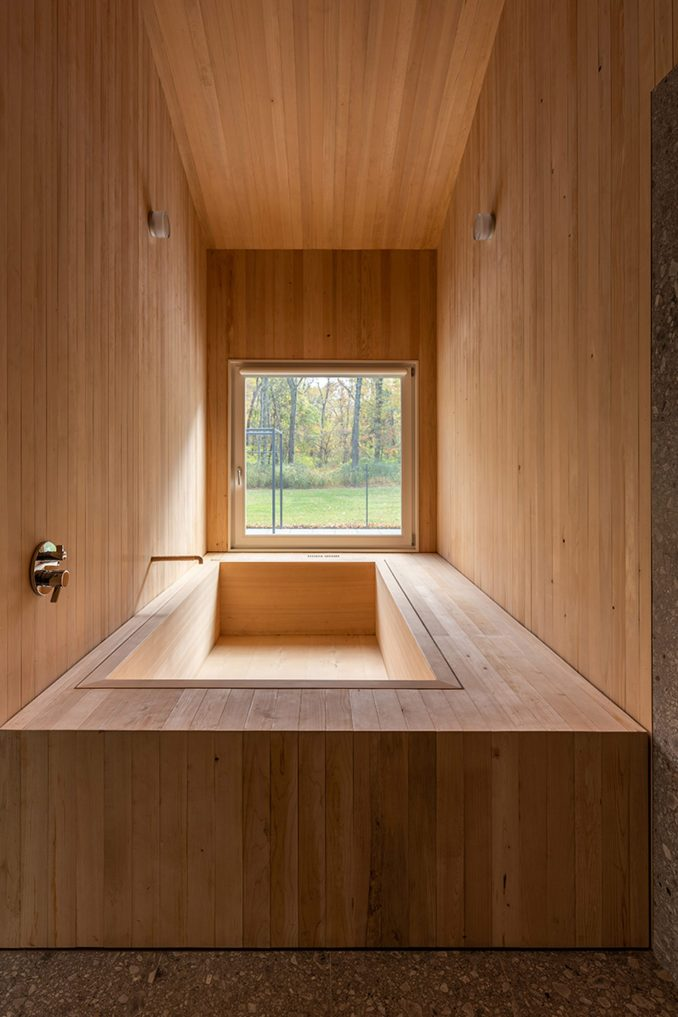 Japanese sunken bath