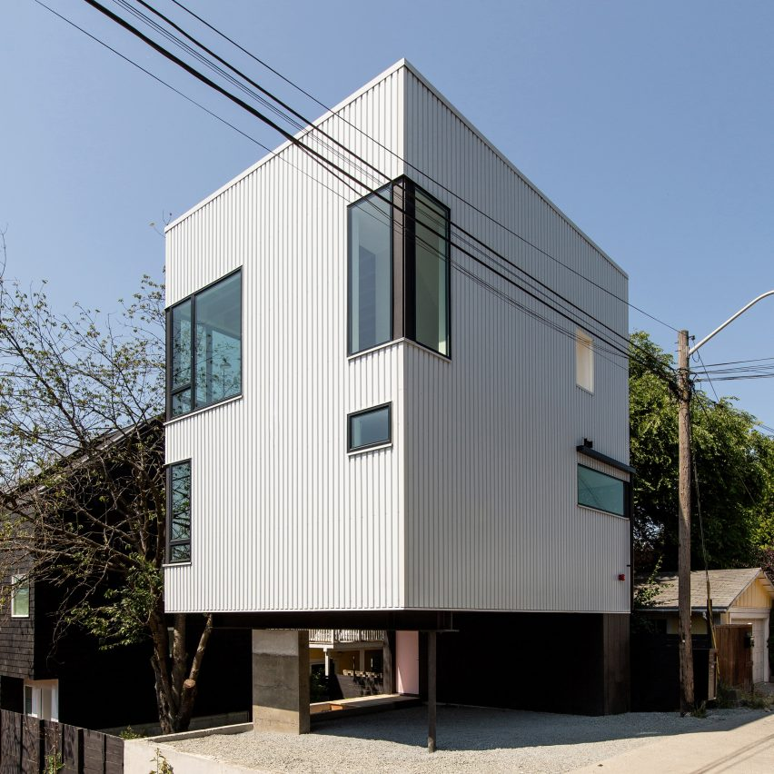 The private home faces an alley