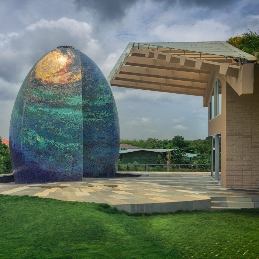 An egg-shaped temple at an Indian house